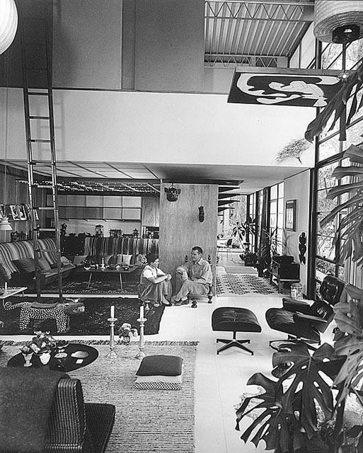 25 - Eames House
