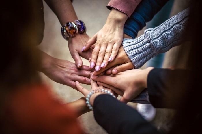 Μαζί και ενωμένοι, είμαστε ασταμάτητοι. - Greta Thunberg