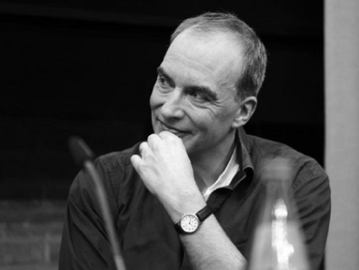 Dirk Uwe Hansen