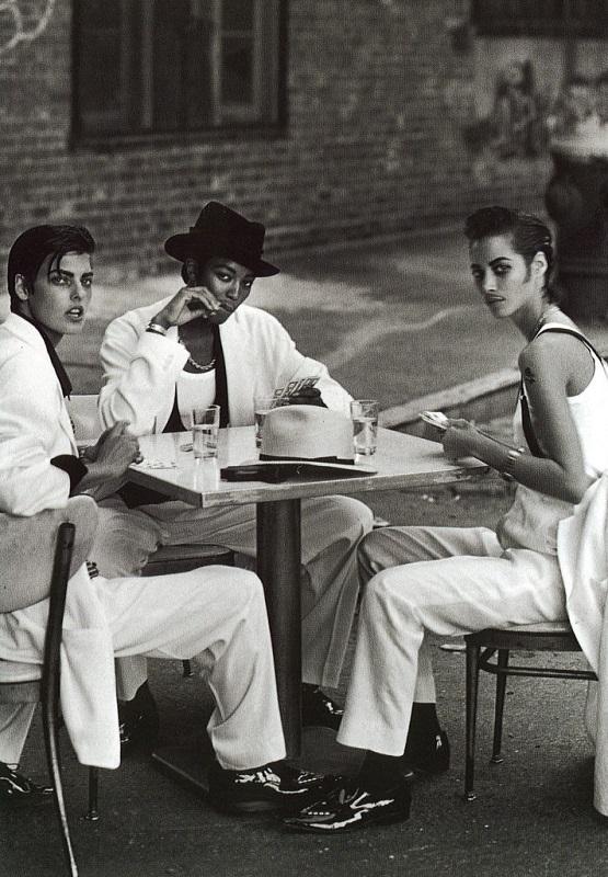 Editorial Gangster Style, Vogue IT, Φεβρουάριος 1991, Linda Evangelista, Naomi Campbell, Christy Turlighton.