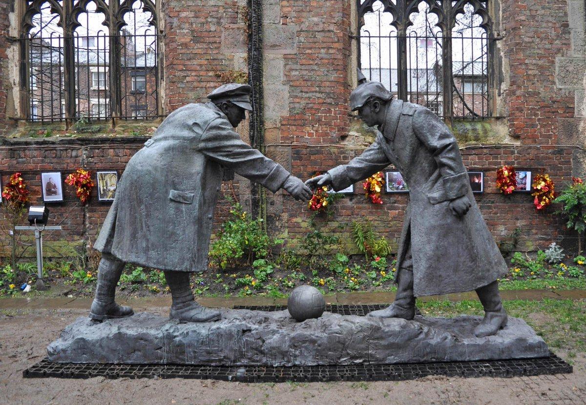 Γλυπτό προς τιμήν της εκεχειρίας του 1914 στο Λίβερπουλ