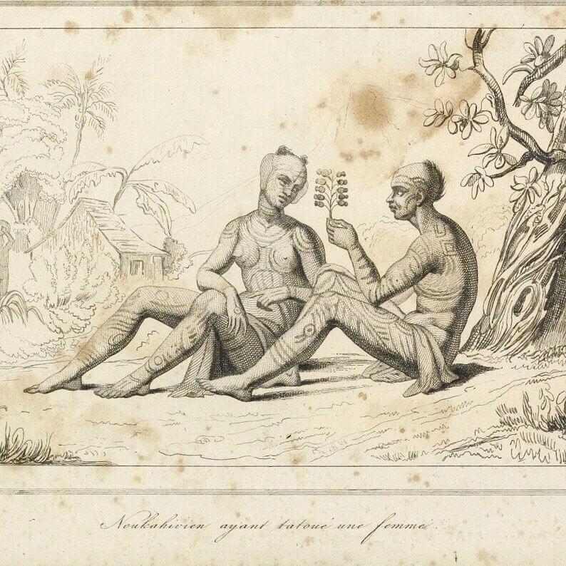 Από τα νησιά Marquesas, Ταϊτή, Σαμόα έως και τα Φίτζι, η κουλτούρα του τατουάζ ήταν τόσο εξελιγμένη όσο ποικίλα. Χρησιμοποιήθηκαν όλα τα είδη γεωμετρικών μοτίβων και σχημάτων, ενώ τατουάζ που κάλυπταν όλο το σώμα δεν αποτελούν εξαίρεση.