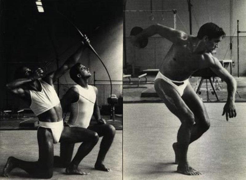 Από τις πρώτες παρουσιάσεις συλλογών του, τέλη του '80.
