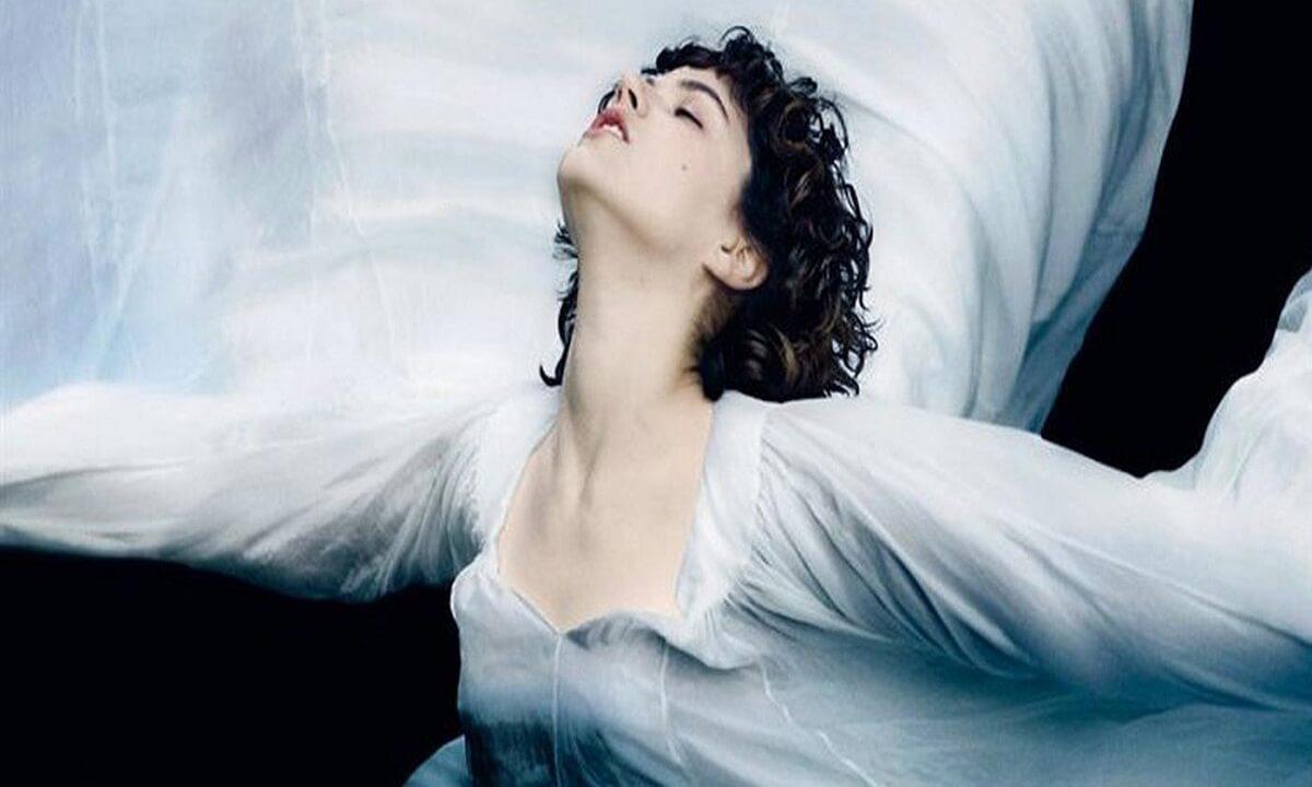 Η Χορεύτρια: η αληθινή ιστορία της Λόι Φούλερ απόψε στην τηλεόραση