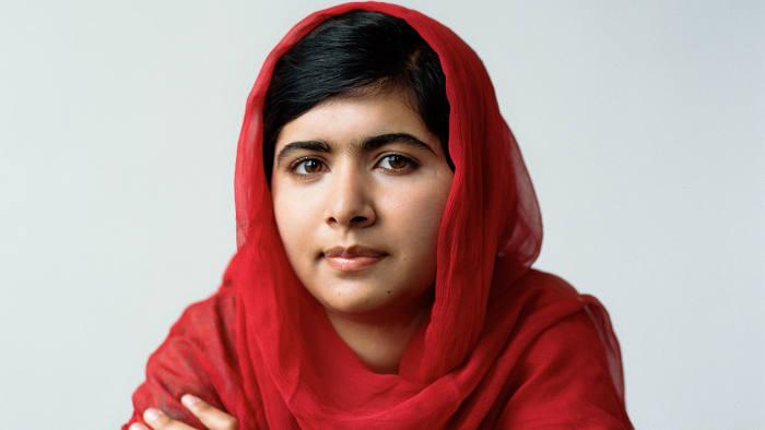 Η Malala Yousafzai που σε ηλικία μόλις 17 ετών βραβεύτηκε με το Νόμπελ Ειρήνης