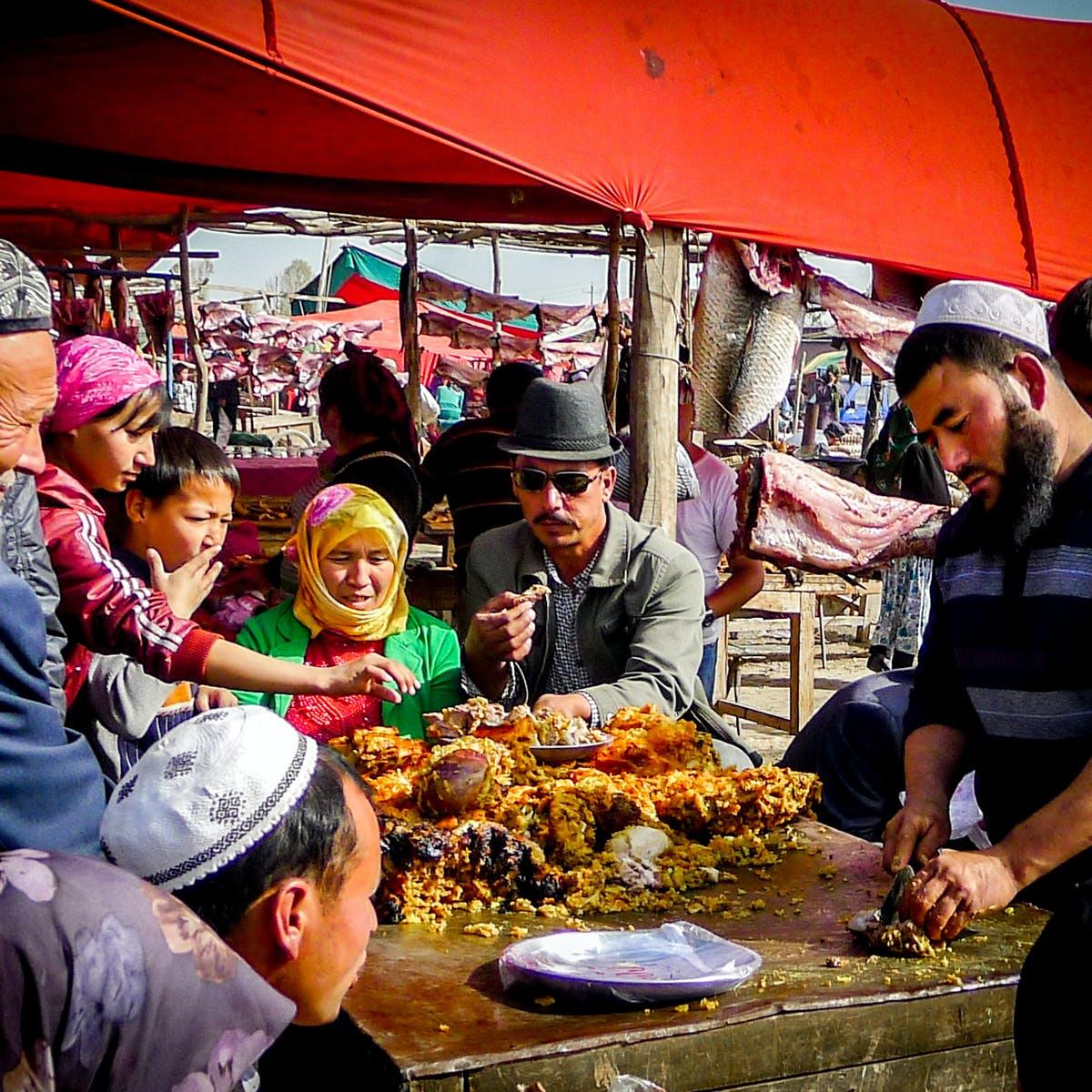 Υπαίθρια αγορά στο Ουρούμτσι