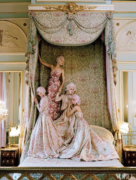 Vogue US, styling Grace Coddington Δεκέμβριος 2012.