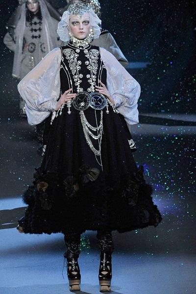 Συλλογή Dior φθινόπωρο - χειμώνας 2009.