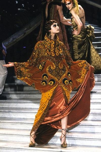 Συλλογή Dior άνοιξη - καλοκαίρι 1998.