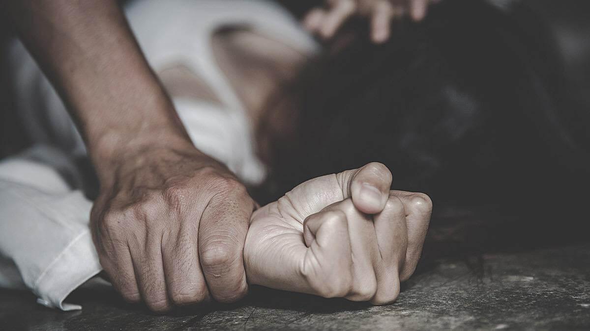 ομαδικός βιασμός